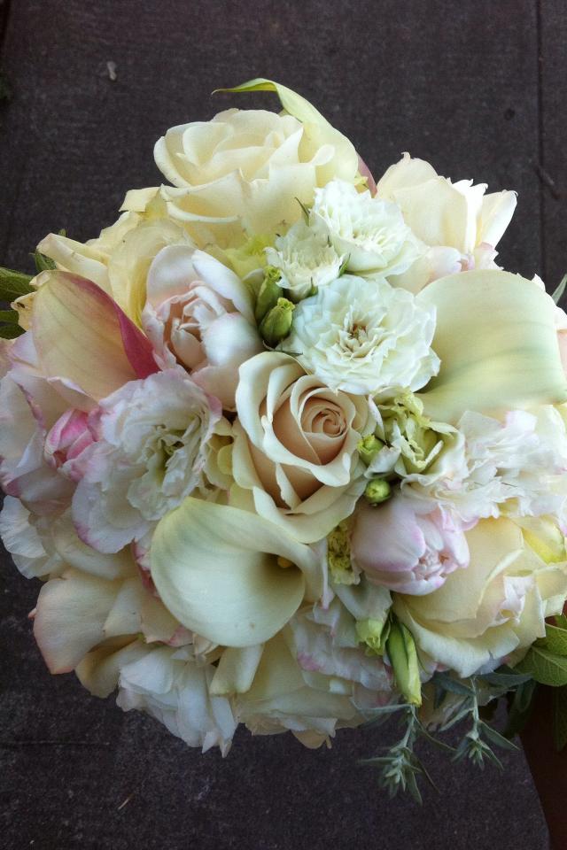 goose hollow flowers in sw portland weddings. Black Bedroom Furniture Sets. Home Design Ideas